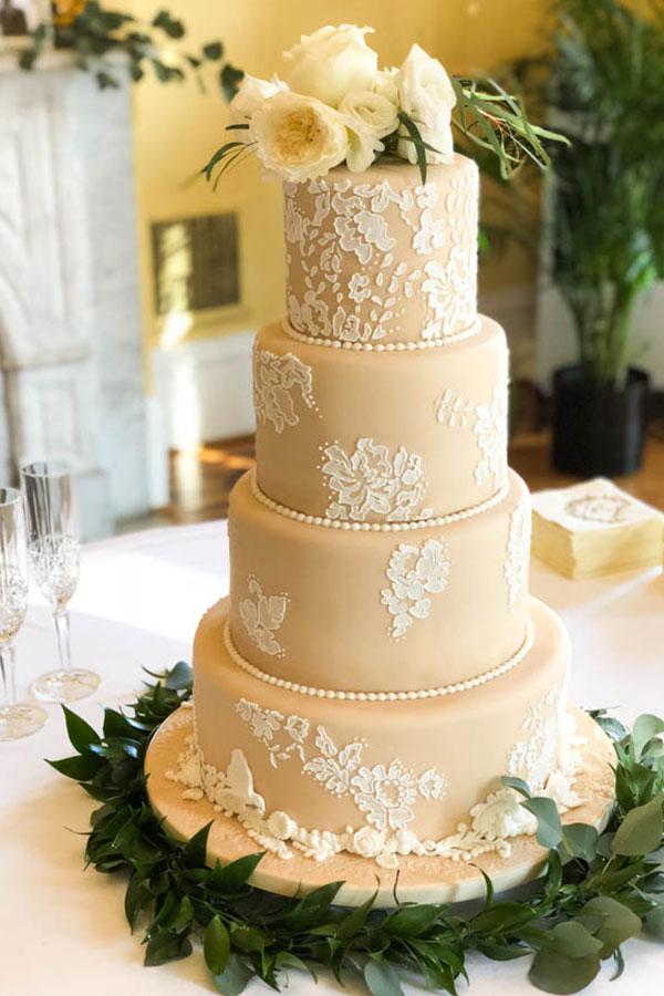 Bonnie Brunt Cakes - Pic Of Wedding Cake