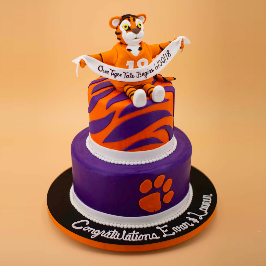Phenomenal Tiger Tale Cake Of The Week Wedding Cakes Grooms Cakes Funny Birthday Cards Online Eattedamsfinfo