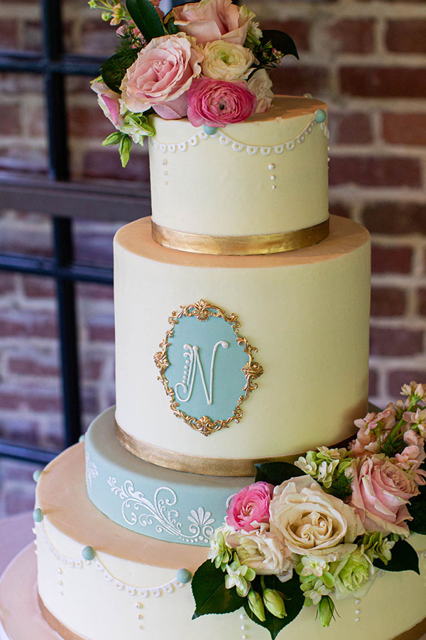 Stupendous Elegant Monogram Cake Of The Week Wedding Cakes Grooms Cakes Funny Birthday Cards Online Overcheapnameinfo